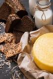 Деревенский местный молокозавод молоко сыра Стоковая Фотография
