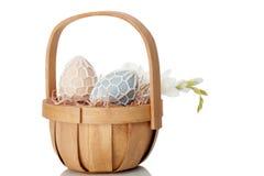 Деревенский подарок пасхального яйца Стоковое Фото