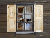 Деревенское окно стиля Стоковое Фото