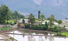 Деревня в графстве Yuanyang, Юньнань, Китае Стоковое Изображение