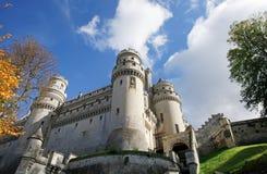 Деревня и замок Pierrefonds Стоковые Фото
