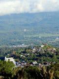 Деревня на холмах стоковое изображение