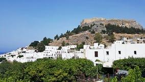 Деревня Родоса Lindos замок Lindos стоковые фото