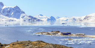 Деревня рыболовов Qoornoq бывшая, резиденция лета nowdays в th Стоковое Изображение