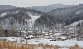 Деревня снега в графстве Mohe, Китае стоковые фотографии rf