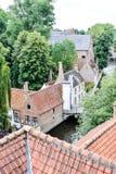 Деревня Bruggehouse здания классической архитектуры европейская, архитектура, здание, старое, крыша, дом, исторический, каменный, Стоковые Фотографии RF