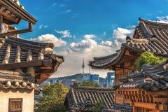 Деревня Bukchon Hanok города Сеула в Корее Стоковое Изображение