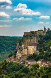 Деревня clifftop Rocamadour красивая в юг-центральной Франции стоковые изображения rf