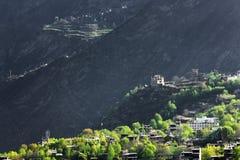 Деревня Jiaju тибетская Сычуань Китая Стоковые Фотографии RF