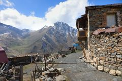 Деревня Kamunta в северном Ossetia-Alania Стоковое Фото