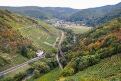 Деревня Mayschoss в долине Ahr, Германии Стоковое фото RF