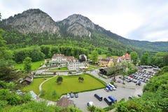 Деревня Schwangau в долине около замка Нойшванштайна Стоковое Изображение RF