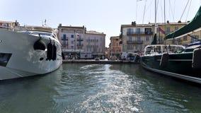 Деревня St Tropez стоковые фотографии rf