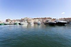 Деревня St Tropez стоковая фотография rf