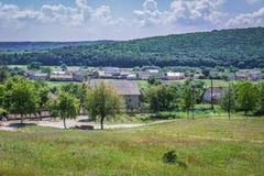 Деревня Ulashkivtsi в Украине стоковые фотографии rf