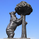 Дерево медведя и клубники Стоковые Фото