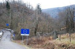 Деревья поврежденные гололедью на границе Итали-Словении Стоковые Фото