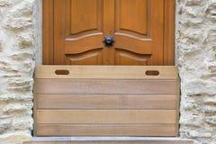 Деревянная дверь барьера Стоковые Фото