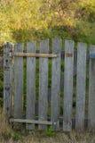 Деревянная дверь загородки Стоковое Фото