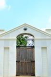 Деревянная дверь Стоковое Фото