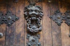 Деревянная дверь стоковые изображения rf