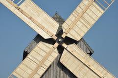 Деревянная ветрянка памятник Стоковое Изображение