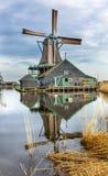 Деревянная деревня Голландия Нидерланды Zaanse Schans ветрянки Стоковые Фото