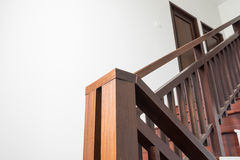 Деревянная лестница 1 стоковые фото
