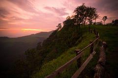 Деревянная загородка на скале Стоковые Изображения