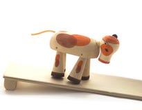 Деревянная игрушка коров Стоковые Изображения RF