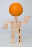 Деревянная игрушка робота Стоковое Изображение RF