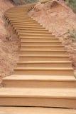 Деревянная изогнутая лестница Стоковые Изображения RF