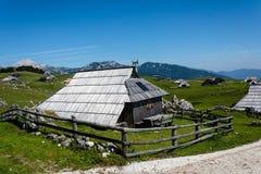 Деревянная кабина горы Стоковое фото RF