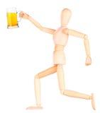 Деревянная кукла с морозным стеклом светлого пива Стоковые Изображения RF
