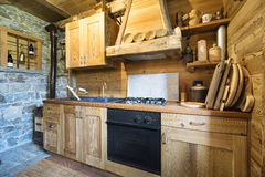 Деревянная кухня Стоковое Изображение