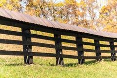 Деревянная линия загородки страны стоковое изображение