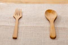 Деревянная ложка и деревянная вилка Стоковые Изображения RF