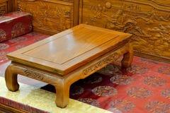 Деревянная мебель в восточном стиле стоковые изображения