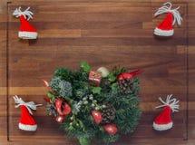 Деревянная доска с украшениями рождества Стоковое Фото