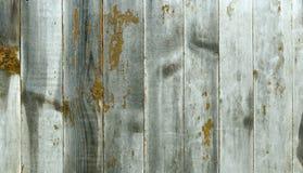 Деревянная панель от широких вычисляемых доск с желтыми пятнами Стоковое Фото