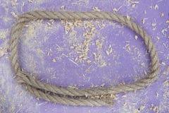 Деревянная предпосылка с малыми частями металла Стоковая Фотография RF