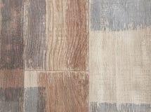 Деревянная предпосылка текстуры настила, взгляд сверху ровного пола древесины ламината коричневого цвета стоковая фотография