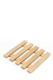 Деревянная предпосылка предкрылков изолированная над белизной стоковые фото