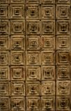 Деревянная приданная квадратную форму предпосылка текстурированная дверью стоковое изображение