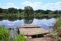 Деревянная платформа Стоковые Фото