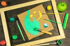 Деревянная рамка с smiley Стоковая Фотография RF