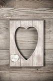 Деревянная рамка формы сердца стоковое фото rf