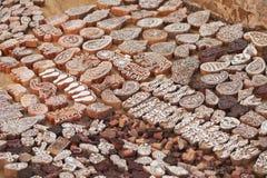 Деревянная рука блоков печатания высекла ремесленниками в Индии Pushkar Стоковое фото RF