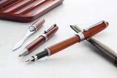 Деревянная ручка авторучки и ролика Стоковые Изображения