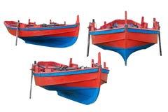 Деревянная рыбацкая лодка изолированная на белой предпосылке Стоковое Изображение RF